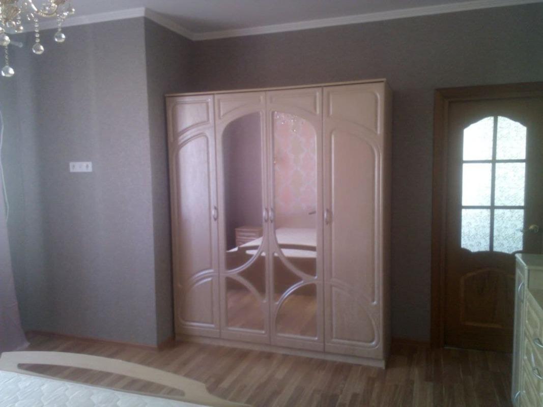 Квартира с одной спальней и кухней-студией в ЖК Радужный