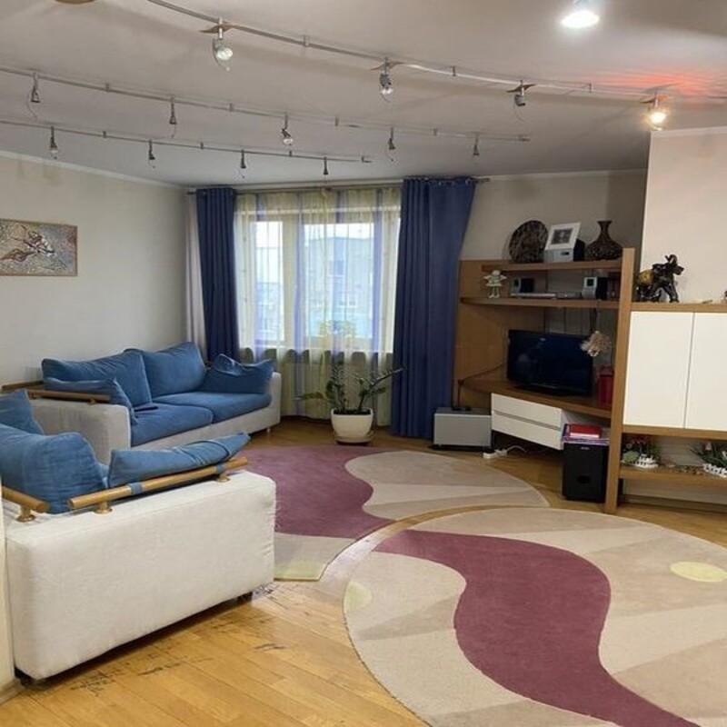 4-комнатная квартира на Таирова