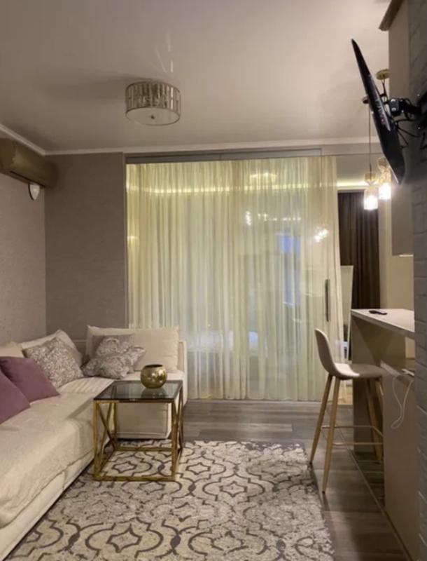 1 комнатная дизайнерская квартира на Гагаринском Плато