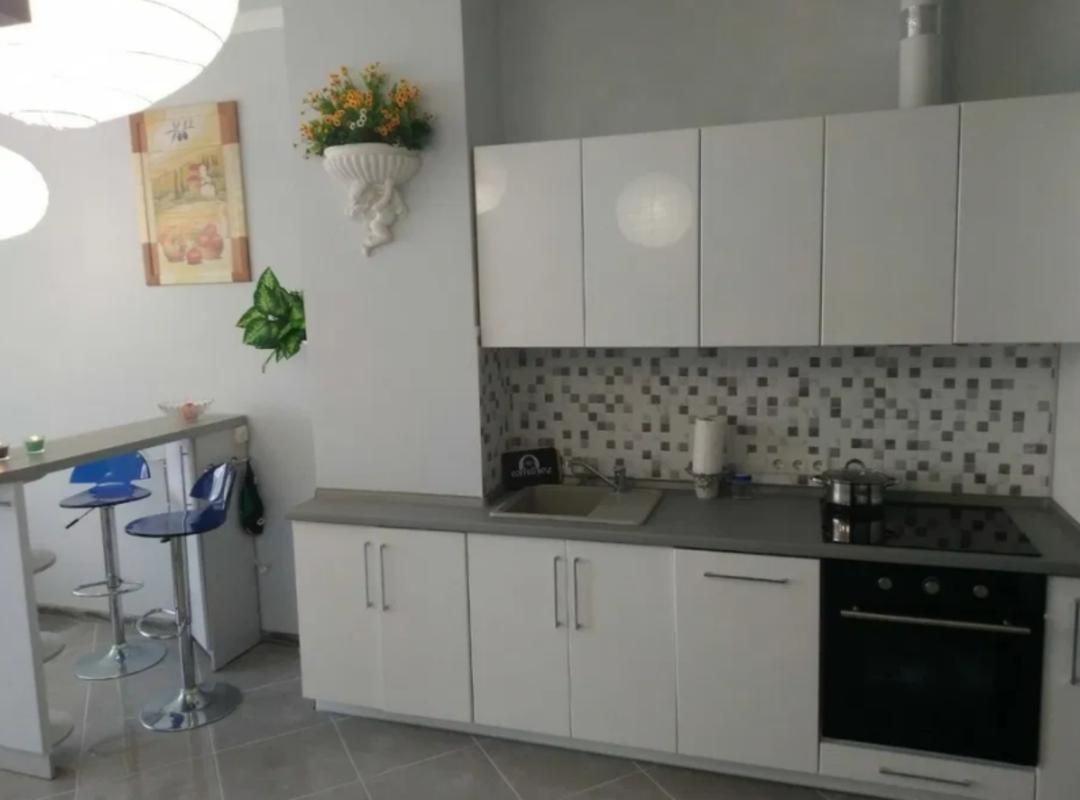 Квартира студия с ремонтом в ЖК Гагарин Плаза