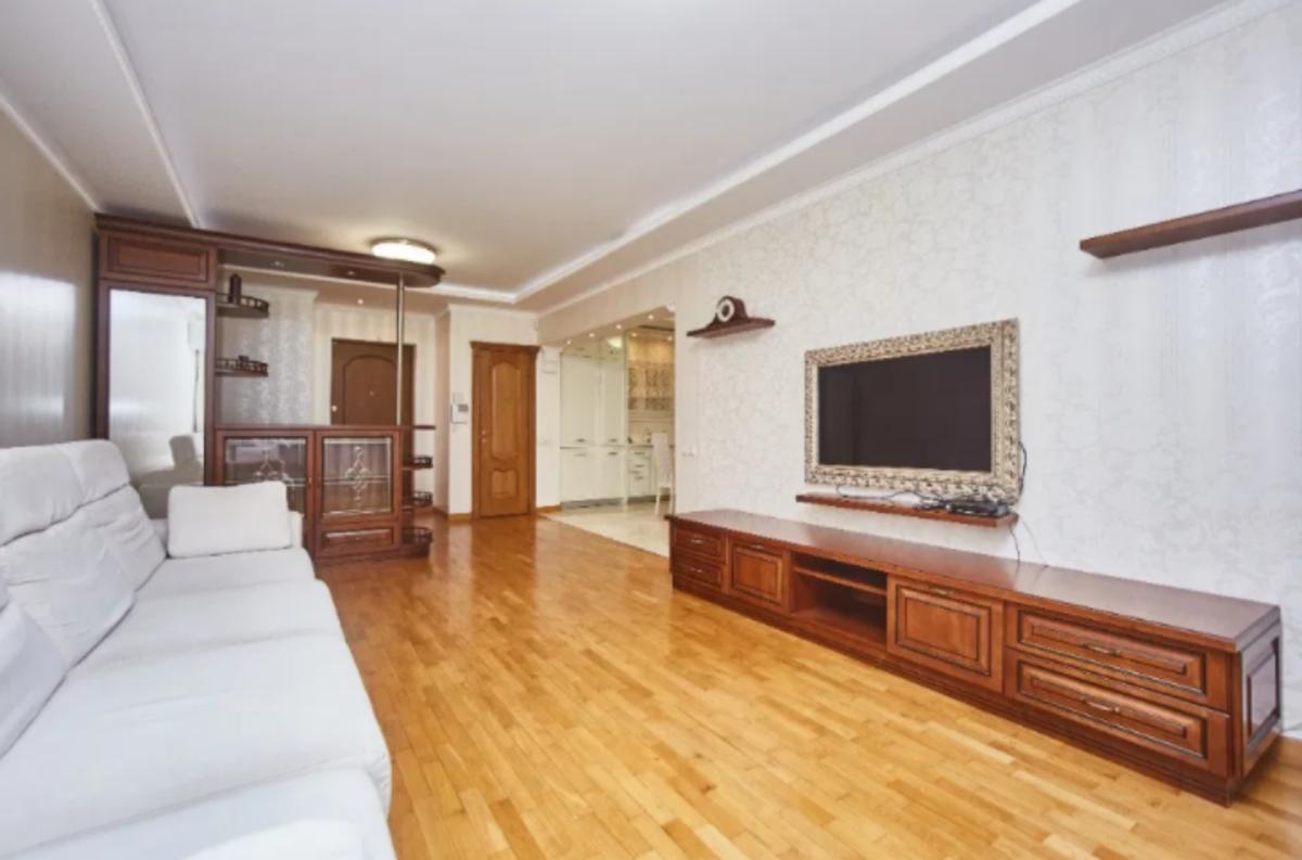 3-комнатная квартира с ремонтом на Дерибасовской
