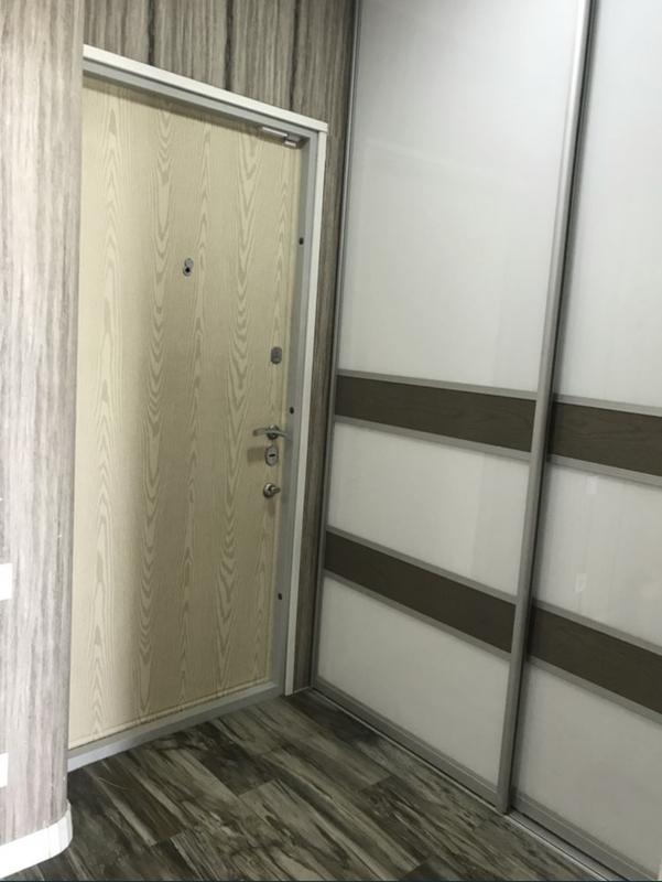 2-комнатная с ремонтом в ЖК Малиновский
