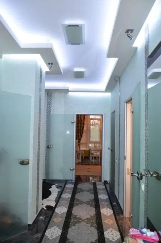 Просторная 3-комнатная квартира на Французском Бульваре