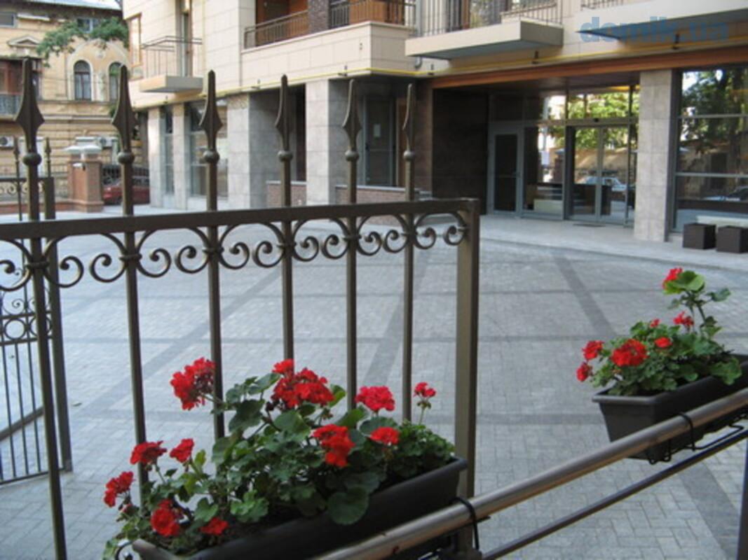 2-комнатная квартира в Ясной Поляне 1, Французский бульвар