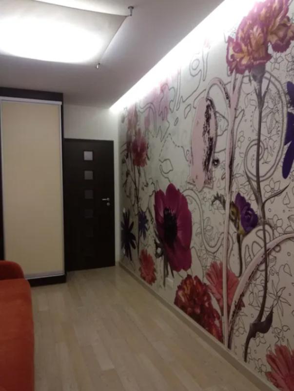 2 комнатная квартира в центре по улице Дюковской