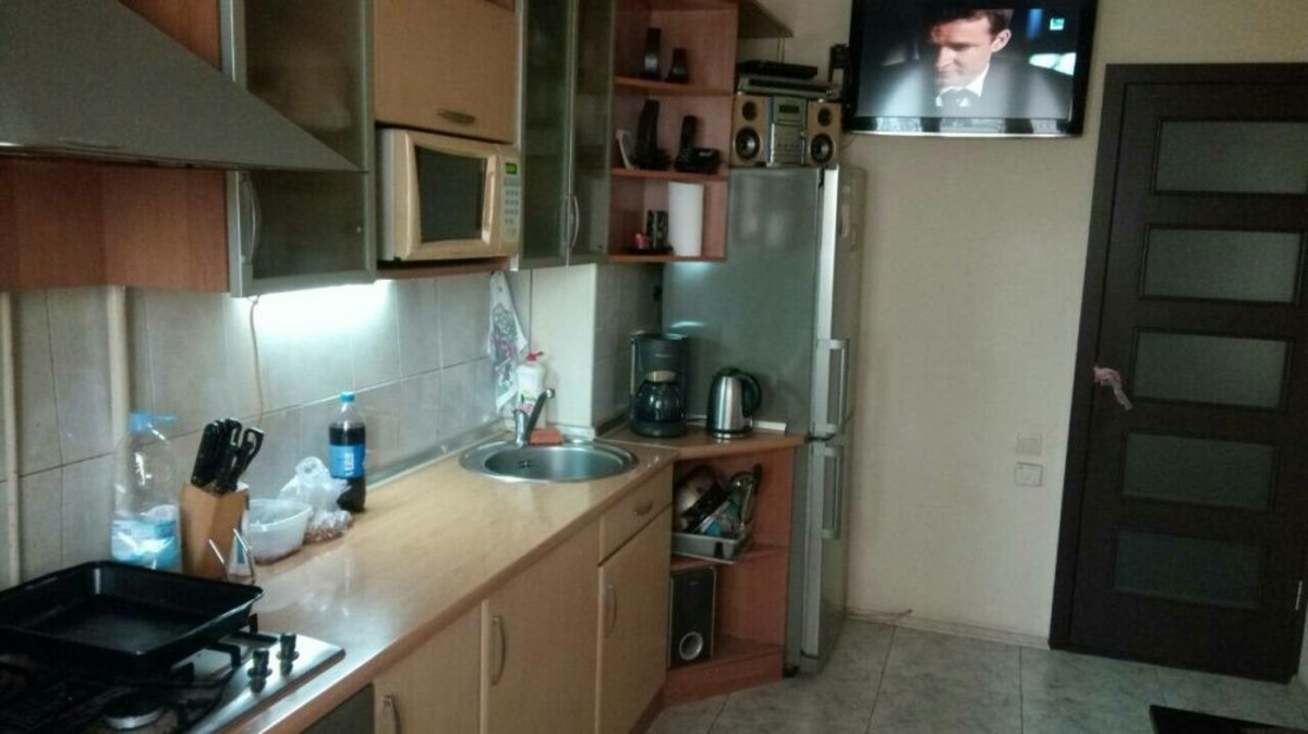 3-комнатная квартира с ремонтом на ул. Левитана