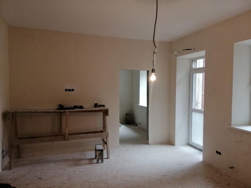 3 комнатная квартира в центре на Канатной