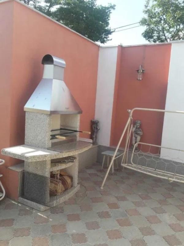 Частный дом по улице Костанди