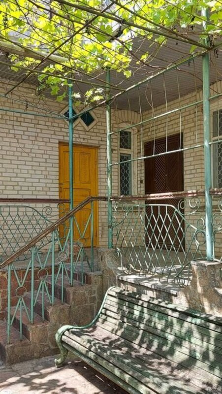 Дом в Черноморке. Район Золотой Горки