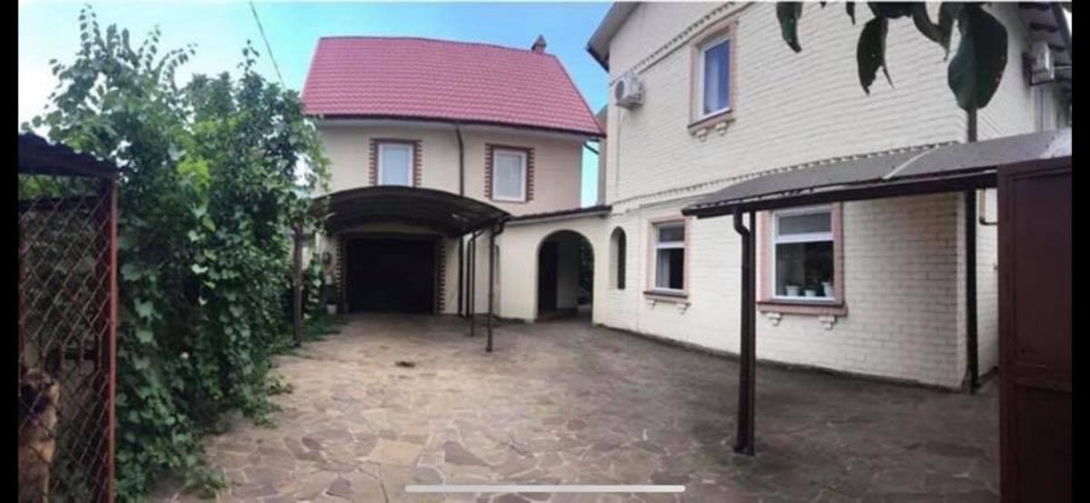 Два дома на поселке Котовского/ проспект Добровольского