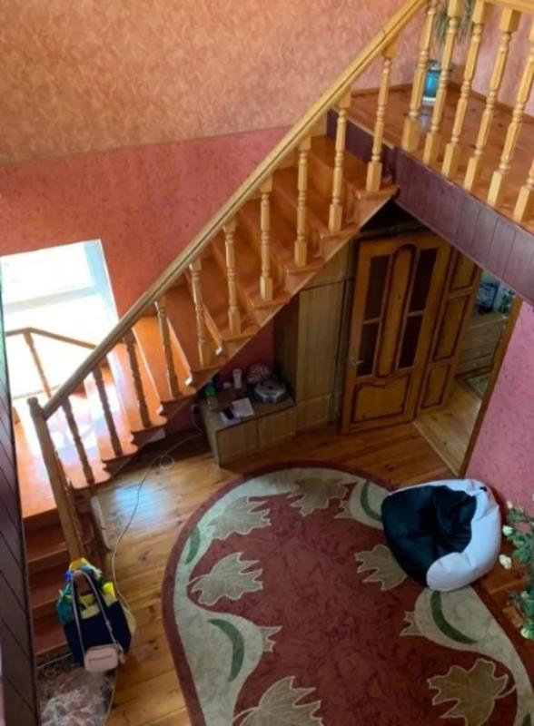 Двухэтажный дом в Авангарде