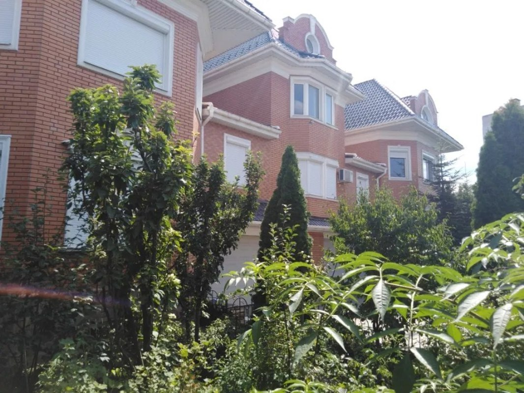 Дом на Фонтане на улице Александра Невского