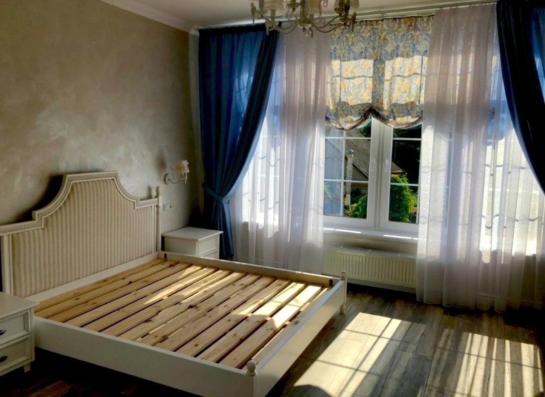 Дом на Фонтане возле моря на Львовской