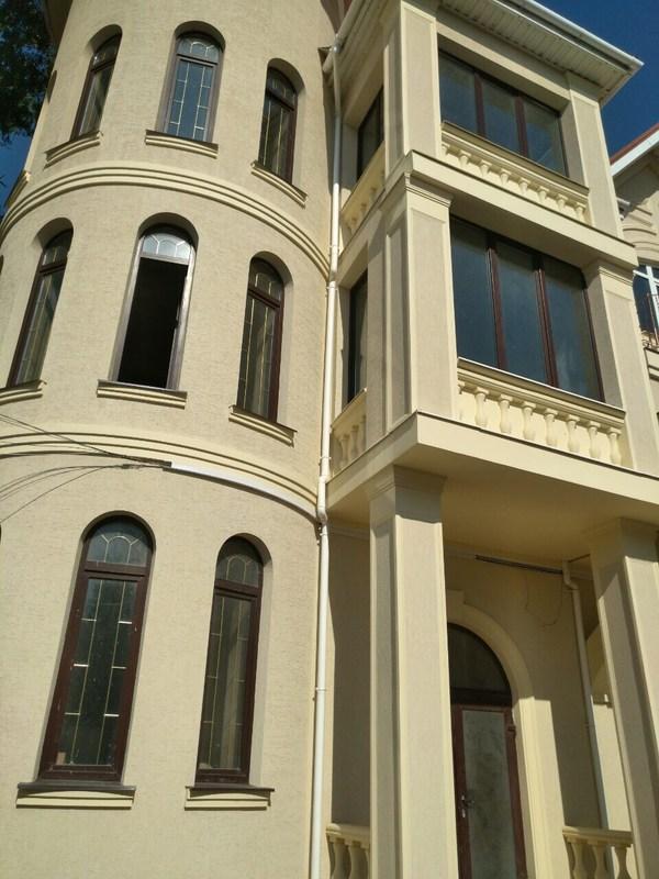 Фасадный дом на Долгой. Отель. Гостиница.