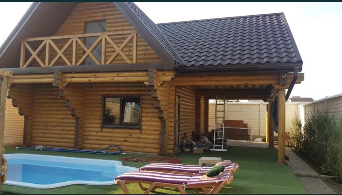 2 этажный дом с бассейном в Совиньоне