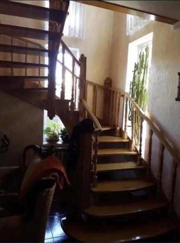 2-х этажный дом на Костанди