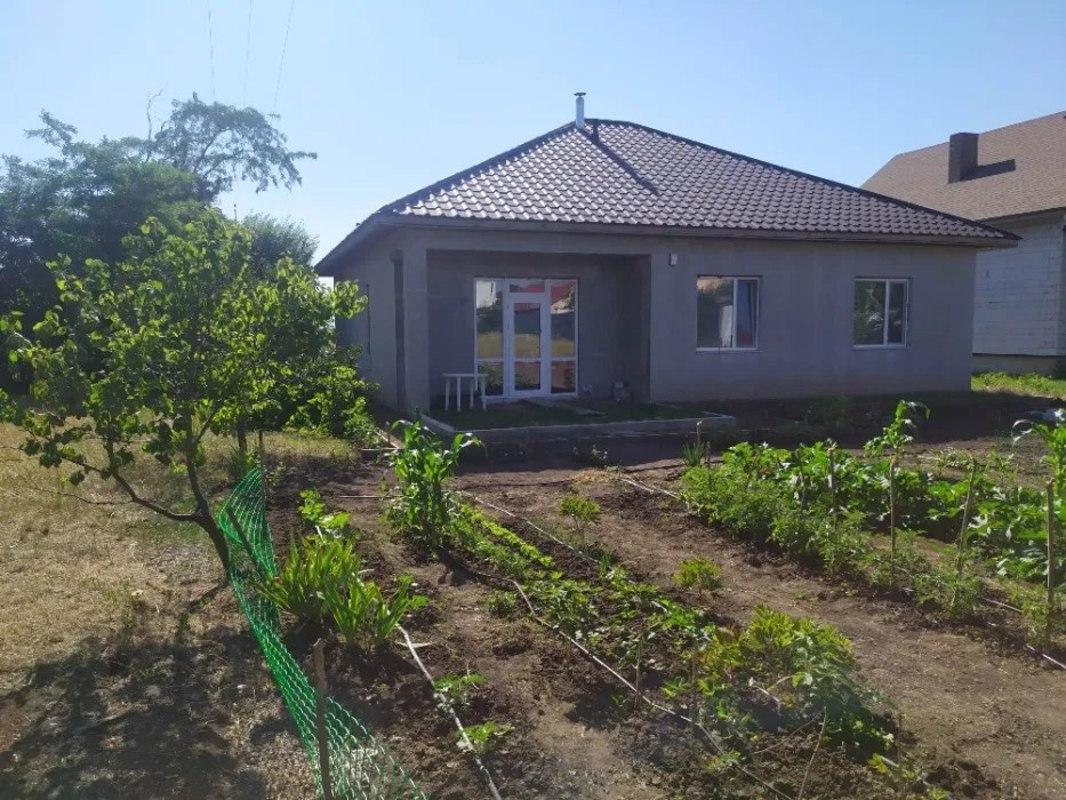 Дом в Червоном Хуторе. Есения