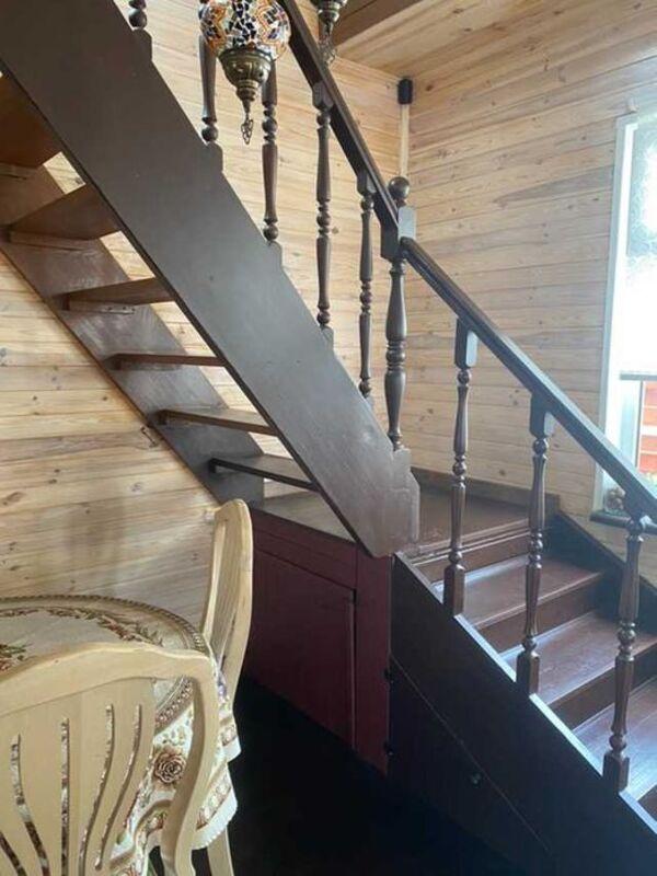 Двухэтажный дом с ремонтом и мебелью в Червоном Хуторе