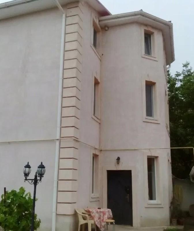 Дом с евроремонтом на Вирского