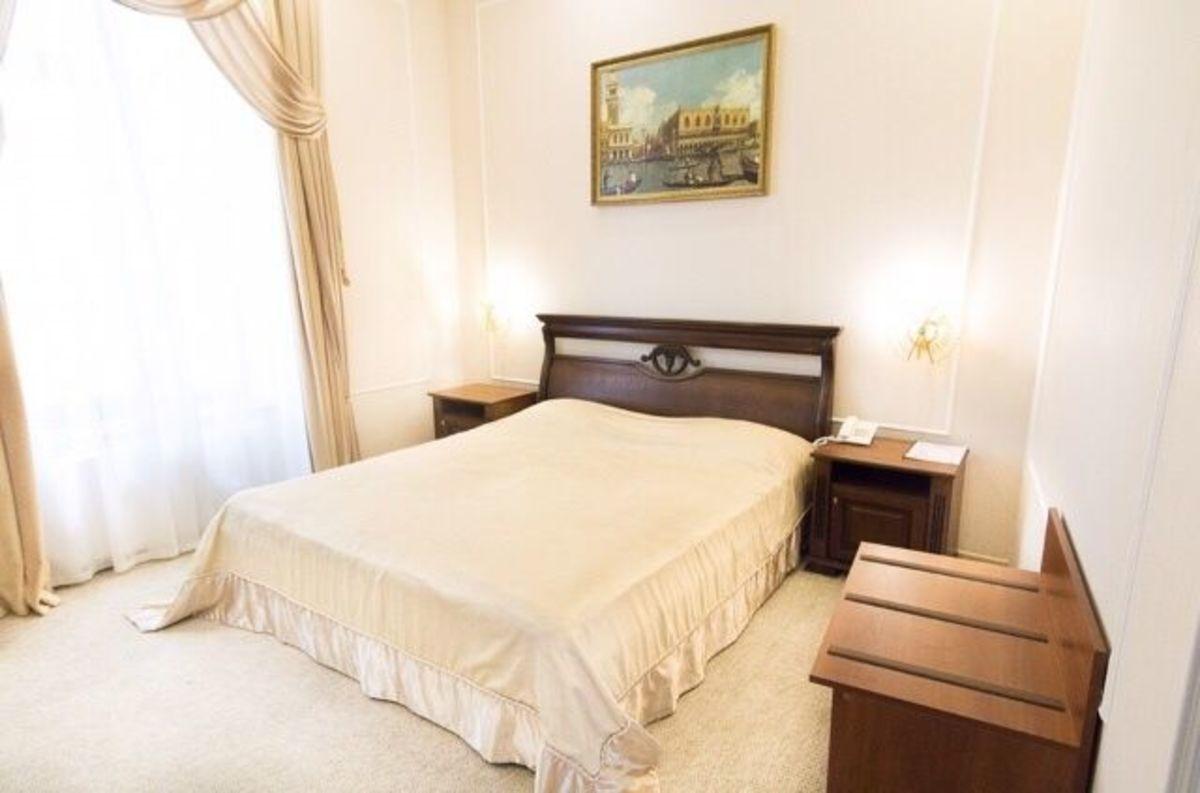 Отель в самом оживленном районе Одессы