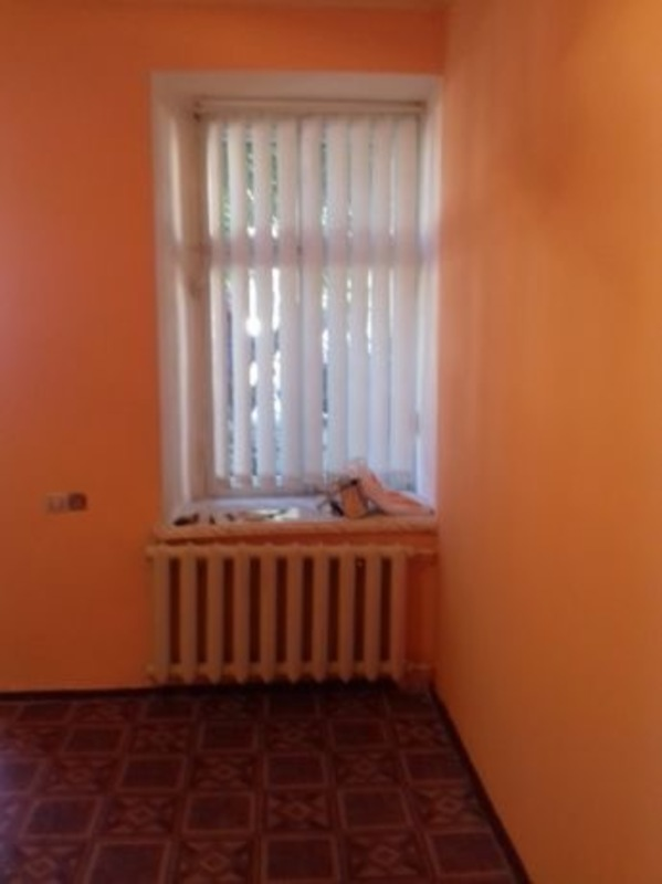 Фасадное помещение в центре на Нежинской
