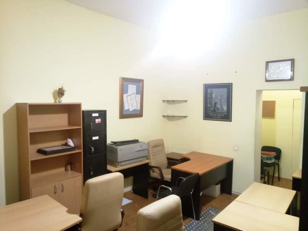 Помещение под офис в центре на Ришельевской