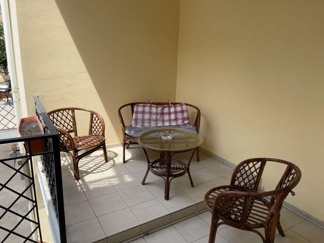Отдельно стоящий отель в Приморском районе.